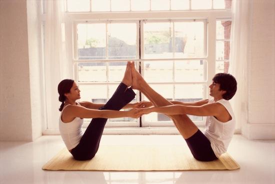 couples-yoga